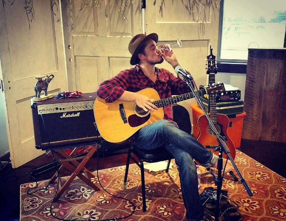 Live Music featuring Aaron Kelly @ Vines & Rushes Winery |  |  |