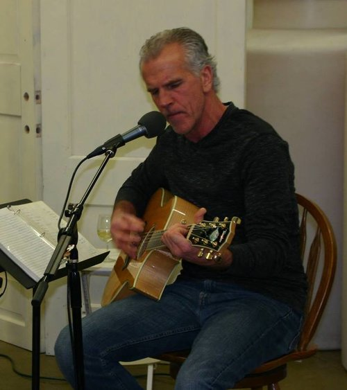 Live Music featuring Dan Braaksma @ Vines & Rushes Winery