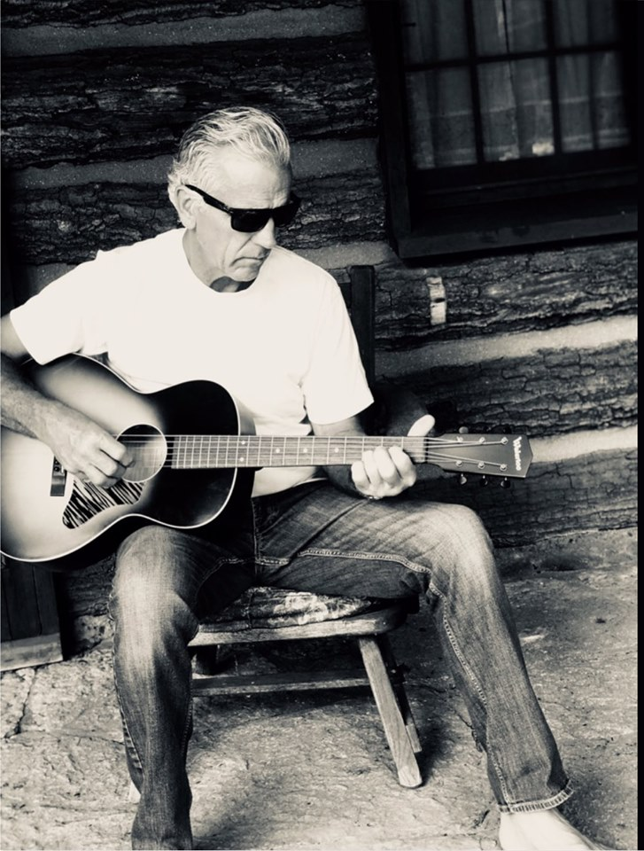 Live Music featuring Dan Braaksma @ Vines & Rushes Winery |  |  |