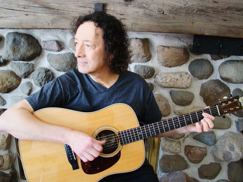 Live Music featuring Larry Mueller @ Vines & Rushes Winery        
