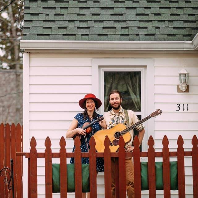 Live Music featuring Lucky Pickers @ Vines & Rushes Winery |  |  |