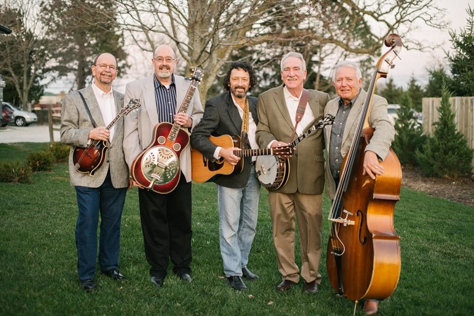 Live Music featuring Mecan River Ramblers @ Vine & Rushes Winery |  |  |