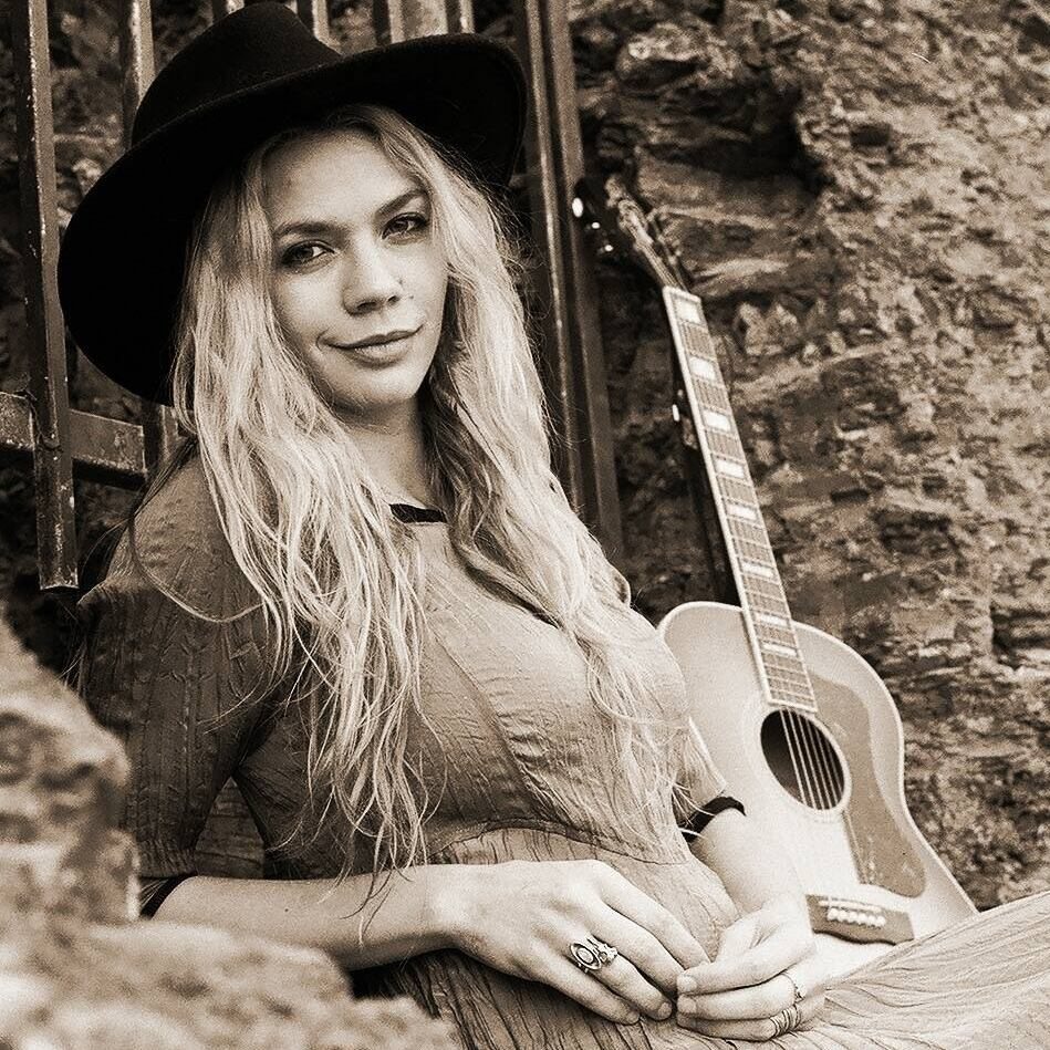 Live Music featuring Natalie Gelman @ Vines & Rushes Winery | Ripon | Wisconsin | United States