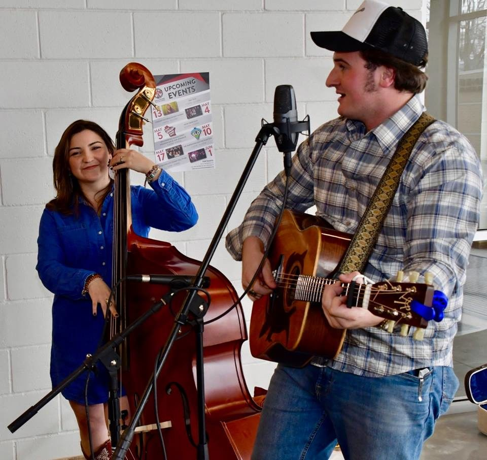 Live Music featuring Noah John Duo @ Vines & Rushes Winery        