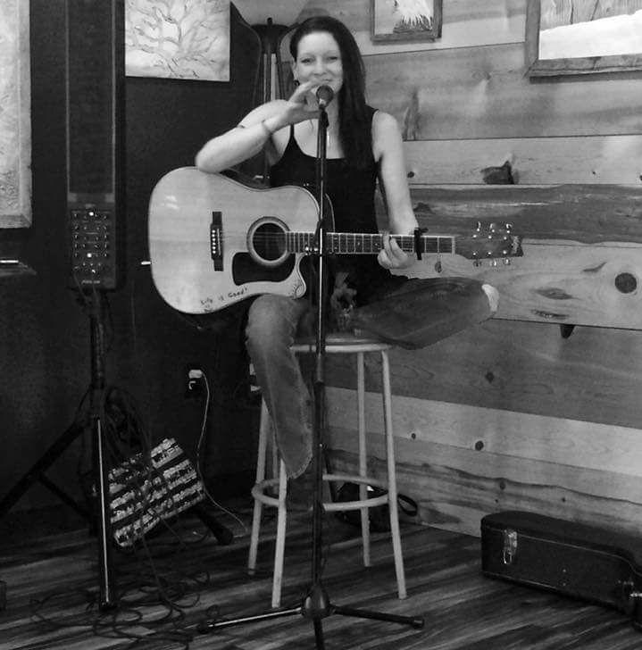Live Music featuring Sara Zacek @ Vines & Rushes Winery |  |  |