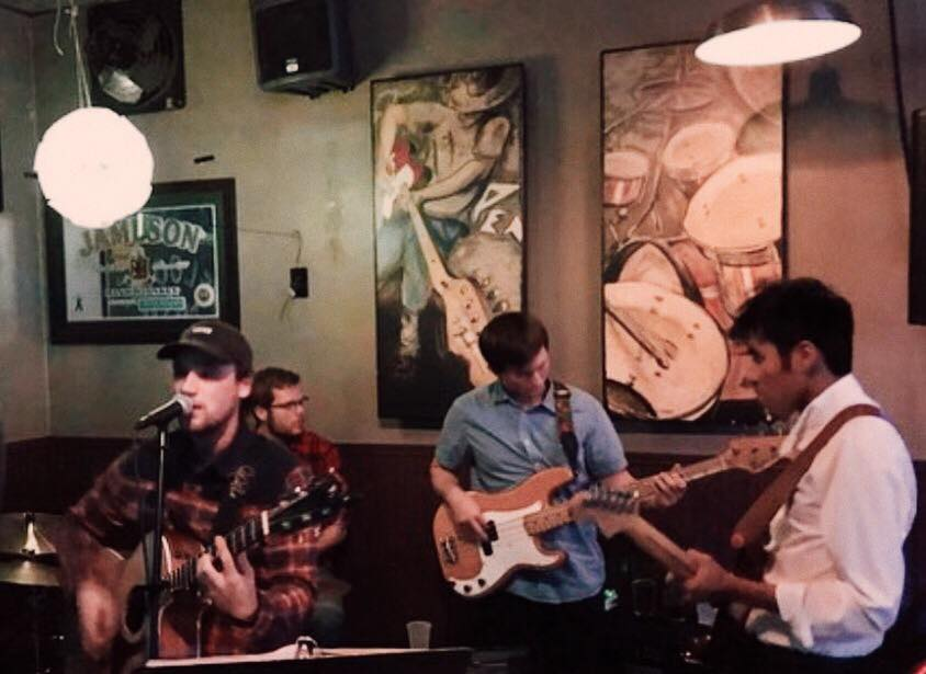 Live Music featuring The Travis Lee Band @ Vines & Rushes Winery |  |  |